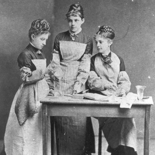 Gertrude Klein Peirce and Anna Lockhart Flanigen